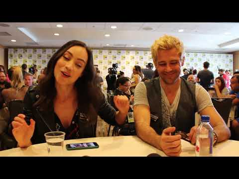 SDCC 2018 s  Courtney Ford & Matt Ryan  Legends of Tomorrow