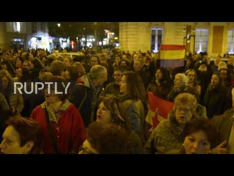 Spain: Hundreds protest in Madrid as King's brother-in-law walks free from custody