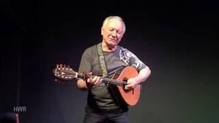 Bean Pháidín sung by Dónal Lunny, Craiceann Bodhrán Festival 2016