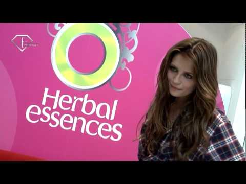 fashiontv | FTV.com - MISHA BURTON FOR HERBAL ESSENCE - MILAN