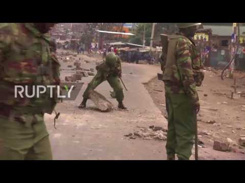 Kenya: Tear gas deployed as Nairobi residents protest election
