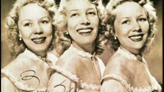 Beverley Sisters I Saw Mommy Kissing Santa Claus