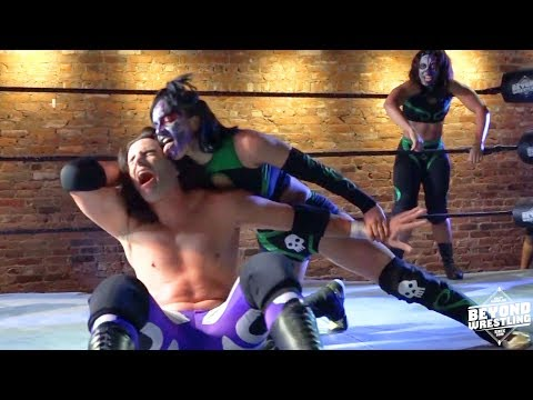 [Free Match] Twisted Sisterz vs. Beaver Boys | Beyond Wrestling (Intergender Mixed Tag Team)