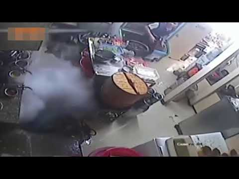 Employee sets kitchen on fire! Burns the restaurant dowb
