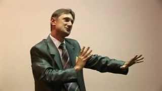Ораторское искусство. Риторика. Обучение жестам. Фрагмент тренинга.