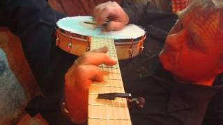 "Harvey Reid plays ""Turkey in the Straw"" on 6-String Solana banjo"