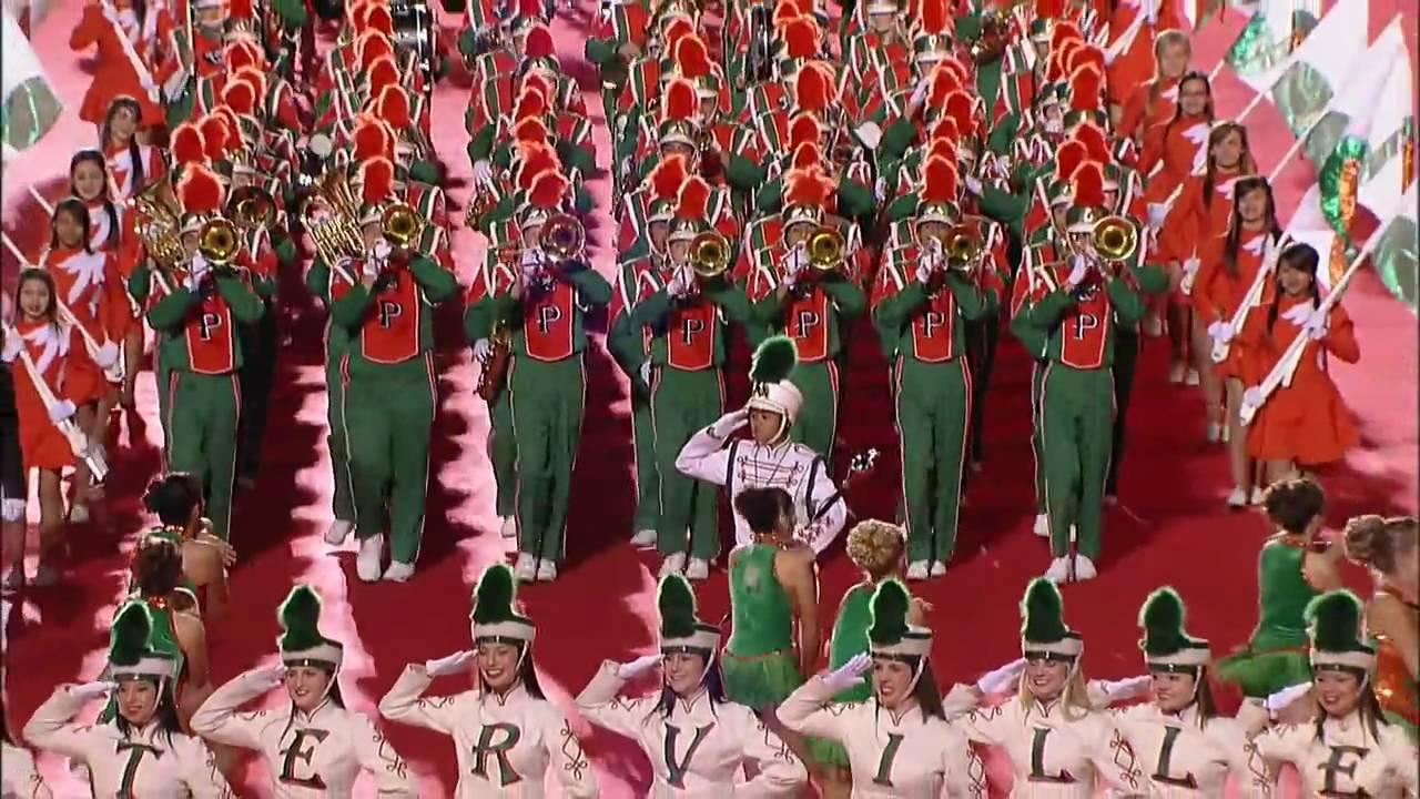 Hollywood Christmas Parade 2009 - PHS Band - YouTube