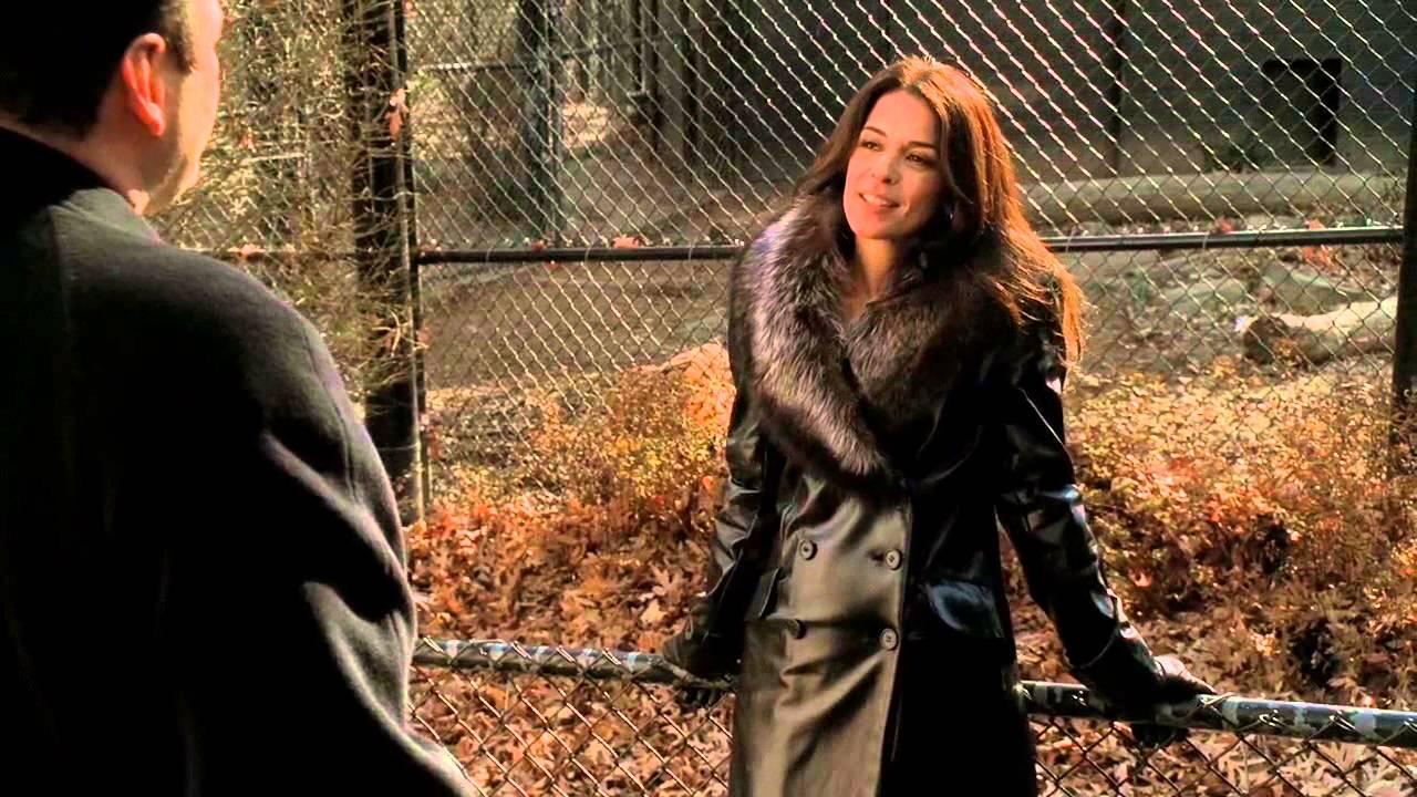 The Sopranos - Tony and Gloria Trillo in the zoo