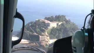 Survol de la côte d'Hyères et de Porquerolles en hélicoptère