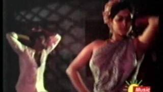 vuclip Madhavi and Unknown actress showing breasts without sari