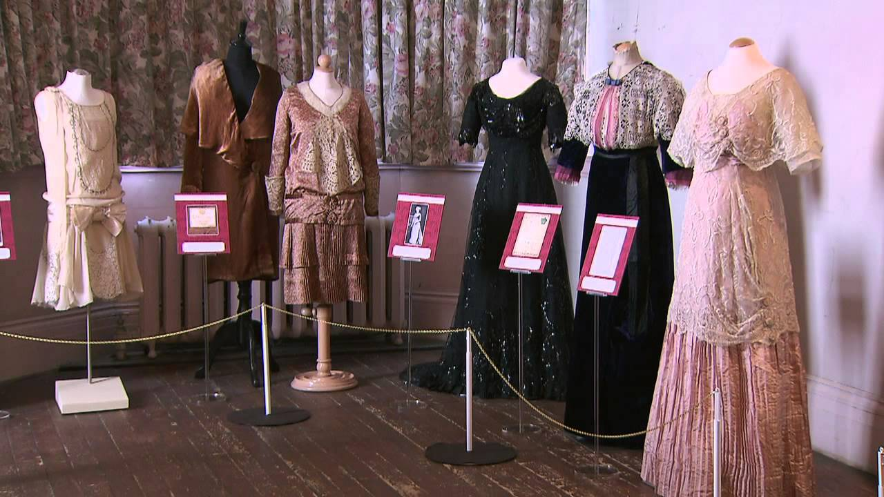 Dressing for Downton Costumes from Downton Abbey at Spadina Museum - YouTube & Dressing for Downton: Costumes from Downton Abbey at Spadina Museum ...
