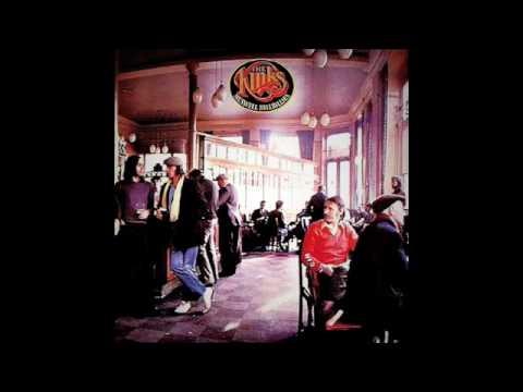 Клип The Kinks - Here Come The People In Grey