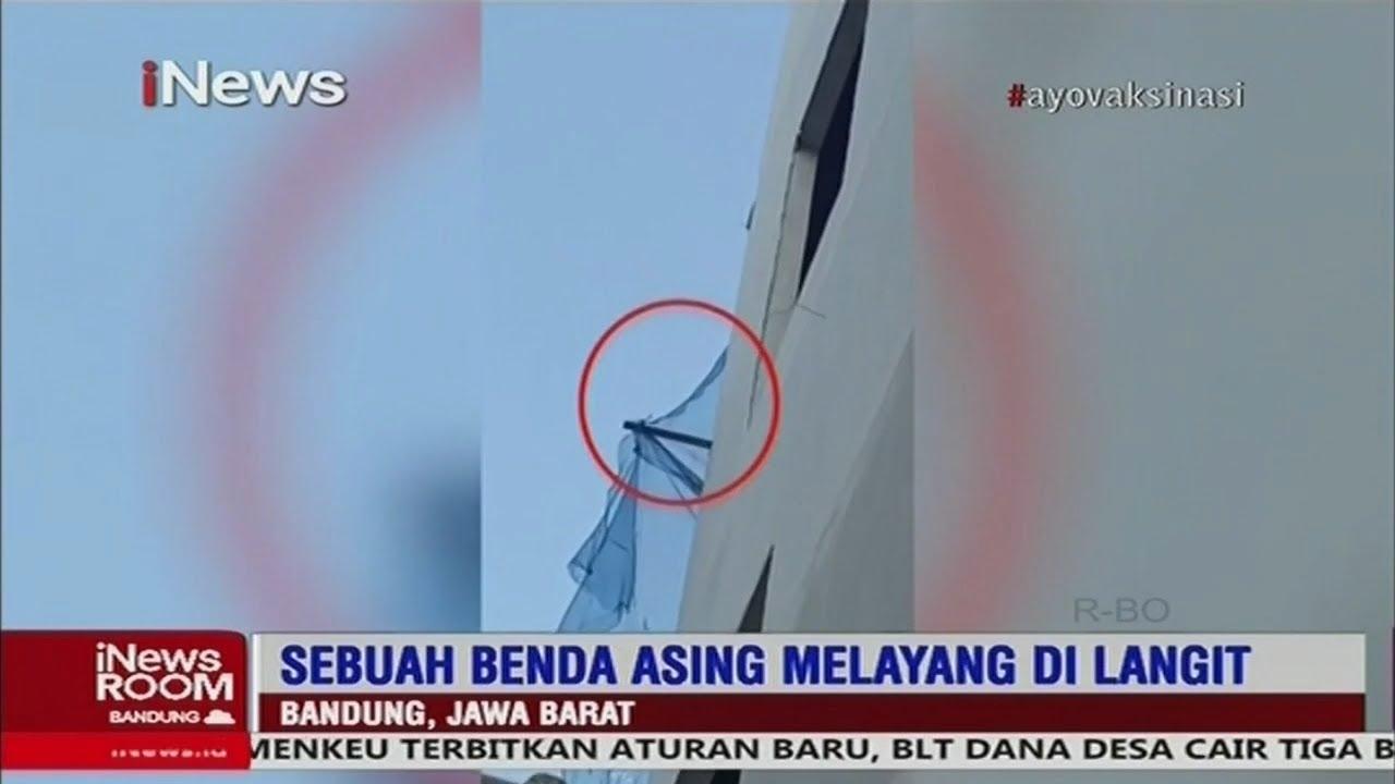Download Warga Bandung Digegerkan Fenomena Benda Asing Bercahaya di Langit Part 04 #iNewsRoom 30/07