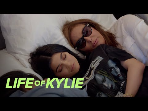 Caitlyn Tries to Cheer Up Kylie Jenner After Her Breakup | Life of Kylie | E!