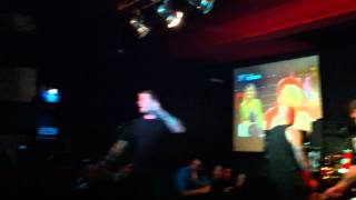 Slapshot - Shaved For Battle (Stars and Stripes cover) + Secrets @Outs, São Paulo - Brazil