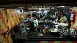 Indian Street Food Heaven: Punjabi, Dosas, Pau Bhaji, Pizza, Chinese and more at Bardoli Khau Galli.