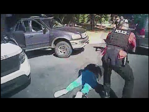 Charlotte Police release dashcam and body cam videos of Keith Lamont Scott shooting