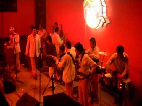 JORGE DOMÍNGUEZ Y EL SUPER CLASS EN EL TROPICO......BY CHUFAS