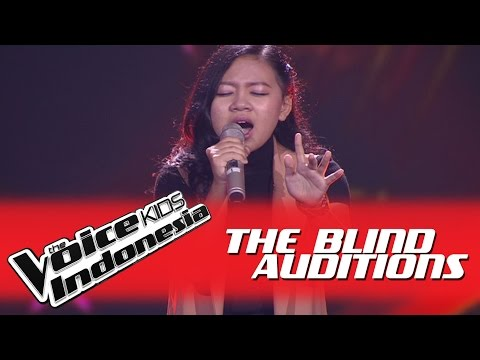 "Clarinta ""Antara Ada dan Tiada"" I The Blind Auditions I The Voice Kids Indonesia GlobalTV 2016"