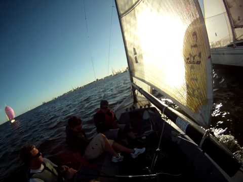 i550 vs E5.9 leeward mark rounding