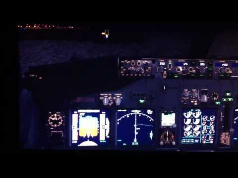 Landing 737-800 KHLI (lihue Hawaii)