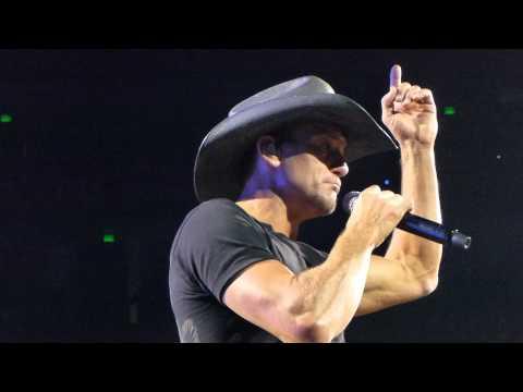 Tim McGraw and Chris Janson - Buy Me  Boat Nashville Bridgstone 8-15-15