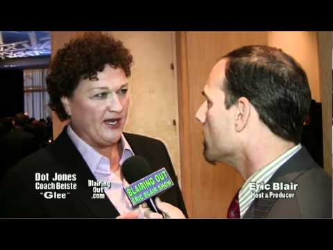 GLEE's Coach Beiste aka Dot Jones talks w Eric Blair about Glee,editing & make up