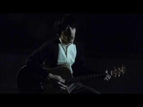 映画『あぜ道のダンディ』主題歌である「ホモ・サピエンスはうたを歌う」を使用し 映画の本編映像と清 竜人の弾き語り映像をコラボレートし...