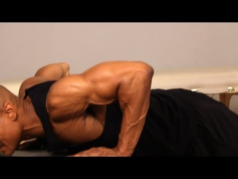 How to Do an Incline Push-Up | Chest Workout