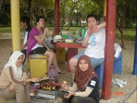 Inti College Sabah Tourism Student DTM BBQ beach party