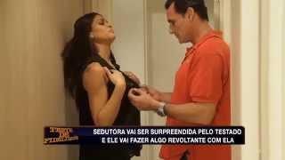 Teste de Fidelidade: Corretor de imóveis avalia 'suíte' da sedutora