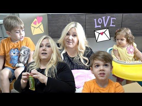 MAIL VLOG: Opening Huge Family Gift Box and Taste Testing the UK