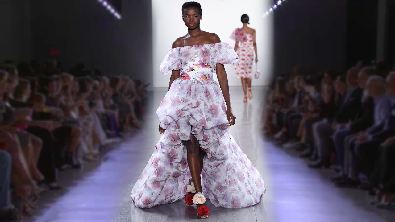 663d4382 AWESOME CURVES FASHION: Chiara Boni La Petite Robe | Spring/Summer ...