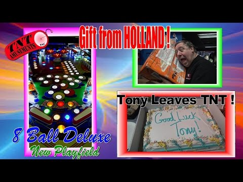 #1125 Bally 8 BALL DELUXE w/new Playfield-Gift from HOLLAND & TONY Leaves TNT Amusements!