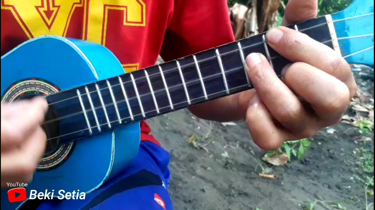 Cover Kentrung/Ukulele Senar 3 - Banyu Moto - YouTube
