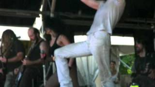 ANDREW WK - ''Party Hard'' (Circle Pit! @ Melbourne Big Day Out, Jan 30th, 2011)