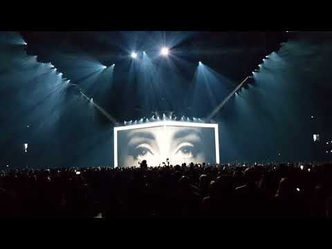 Adele - Hello/Hometown Glory , Live @ Tele2 Arena,Stockholm,Sweden,29.4.2016