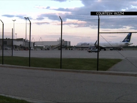 Raw: Plane Diverted After Lithium Battery Scare