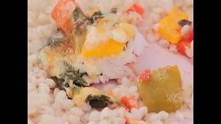 Диетическая запеченная куриная грудка с овощами под сыром