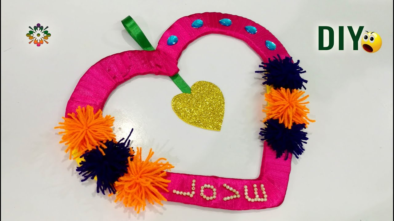 Valentine\'s day Decoration / wall hanging ideas || DIY Homemade Wall ...