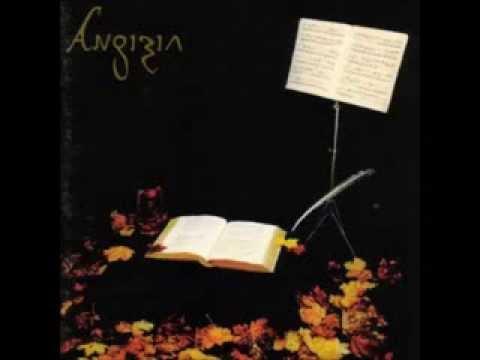 Angizia  02  Der Kirschgarten oder Memoiren an die Stirn der Kindeszeit