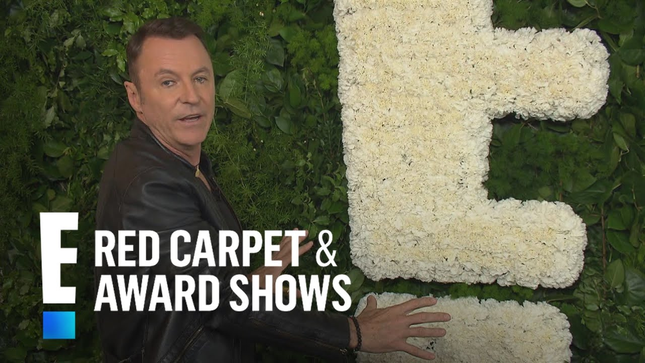 Creating A Flower Wall Like Kim Kardashian Kanye West E Live From The Red Carpet