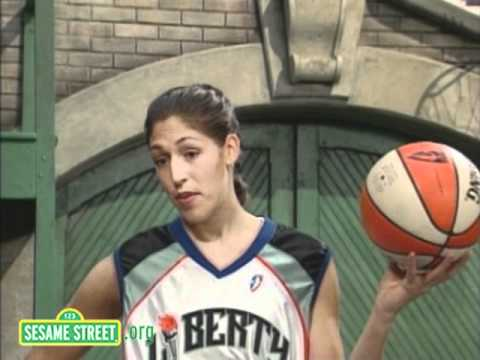 Sesame Street: Rebecca Lobo and the Letter O