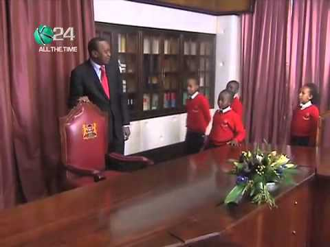 President Uhuru Treats Pupils To State House Tour