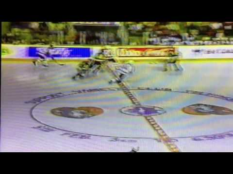 Lou franceschetti scores 1990