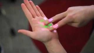 Dailymotion - OmniTouch Transforms any Surface into Touchscreen - a News   Politics video.mp4
