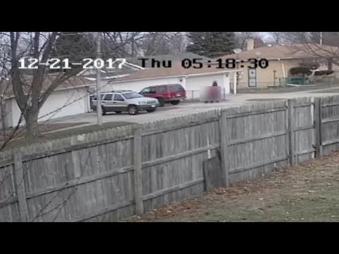 FBI release video of girl being kidnapped off the street