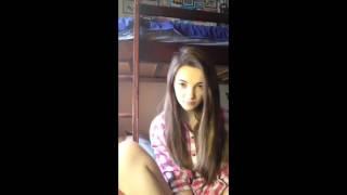 15-летняя школьница девственница отвечает на вопросы в Перископ