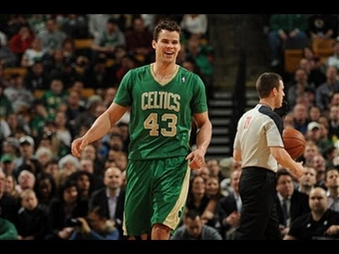 anthony-davis-hits-last-second-shot...-but-kris-humphries-ties-it-at-the-buzzer!