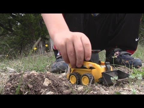 Toy Bobcat Video Digging In The Dirt FUN!